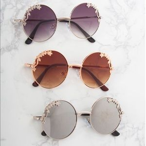 Round Flower Trim Circle Sunglasses